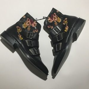 Zara Leather Ankle Boots w/ Embroidery *